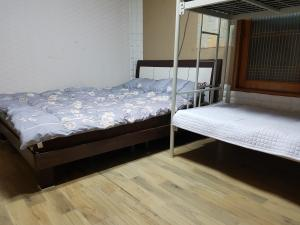 David Guesthouse, Guest houses  Jeju - big - 18
