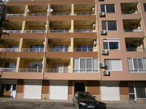 Apartament Stefi II, Apartmány  Pomorie - big - 1