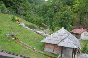 Mountain House - фото 3