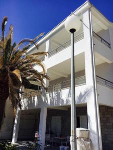 Apartment Duboka 12842b