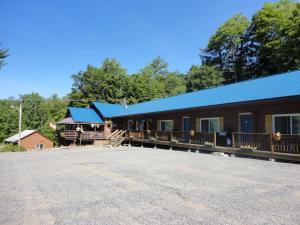 The Nordic Inn.  Photo 8