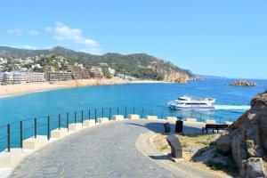 Modern loft in the historical town, Appartamenti  Tossa de Mar - big - 31