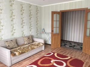 Абулхаир-хана 67, Апартаменты  Актобе - big - 4