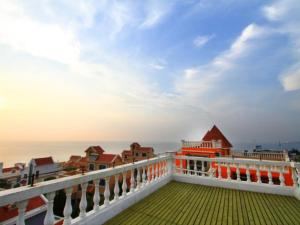 House on the bund, Privatzimmer  Weihai - big - 1