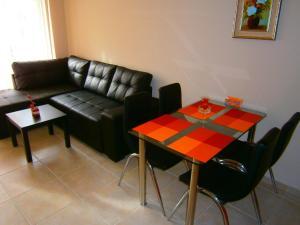 Apartament Stefi II, Apartmány  Pomorie - big - 4