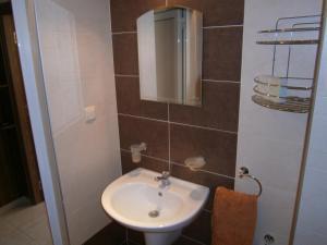 Apartament Stefi II, Apartmány  Pomorie - big - 9