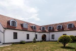 Vitis Hotel Villány, Szállodák  Villány - big - 37