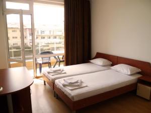 Desislava Apartment, Apartmány  Pomorie - big - 5