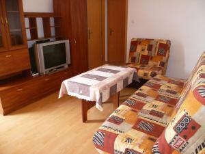 Desislava Apartment, Apartmány  Pomorie - big - 1