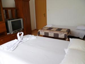 Desislava Apartment, Apartmány  Pomorie - big - 14