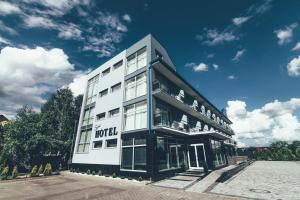 Zinedine Sport Hotel