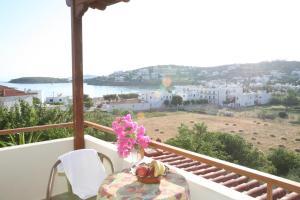 Elina Apartments