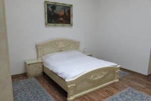 GLAMOROUS 2 ROOM APARTMENT, Апартаменты  Бухарест - big - 1