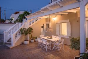 Rodanthi Guest House
