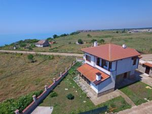 Nelina Guesthouse, Guest houses  Bozhurets - big - 1