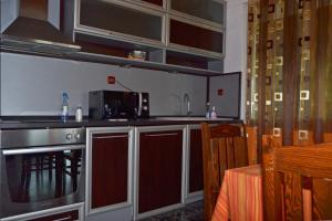 Nelina Guesthouse, Guest houses  Bozhurets - big - 26