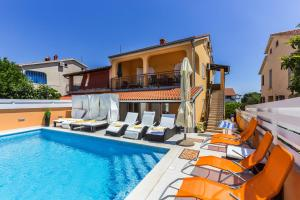 House Andja with Pool