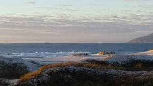alto luxo 4 suítes churrasqueira fte ao mar, Ferienwohnungen  Cabo Frio - big - 22