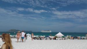 alto luxo 4 suítes churrasqueira fte ao mar, Ferienwohnungen  Cabo Frio - big - 21