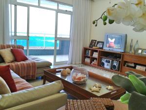 alto luxo 4 suítes churrasqueira fte ao mar, Ferienwohnungen  Cabo Frio - big - 5