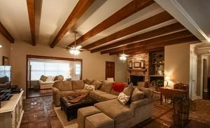Harvest Haus Home, Дома для отпуска  Fredericksburg - big - 12