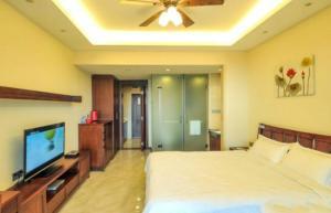 Sanya Hehong Yangsheng Apartment, Apartments  Sanya - big - 1