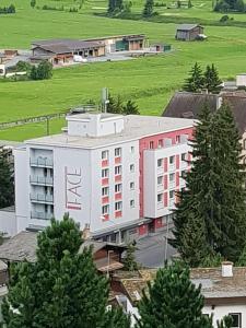 Face, Appartamenti  Davos - big - 61