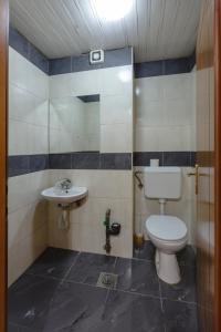 Skopje Apartments Deluxe, Apartmány  Skopje - big - 65