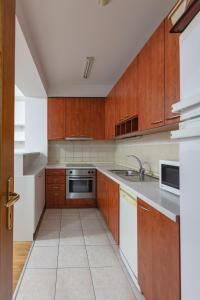 Skopje Apartments Deluxe, Apartmány  Skopje - big - 74