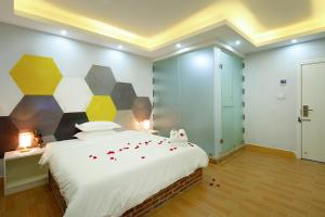 Hainajie Boutique Guesthouse, Affittacamere  Sanya - big - 32