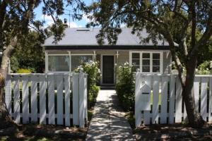 Jellicoe Cottage, Holiday homes  Greytown - big - 5