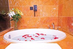 Suzhou Tianyu Garden Hotel, Hotels  Suzhou - big - 38
