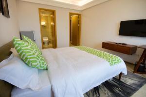 Baorui Railway Boutique Apartment, Hotely  Sanya - big - 12