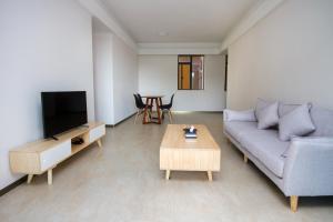 Baorui Railway Boutique Apartment, Hotely  Sanya - big - 38