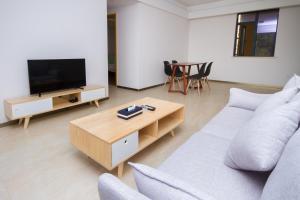 Baorui Railway Boutique Apartment, Hotely  Sanya - big - 39