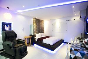 Jeju Venus Drive-in Motel, Motels  Jeju - big - 11