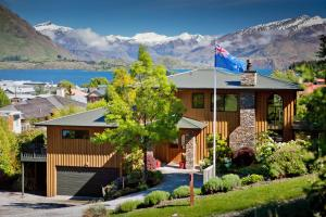 Wanaka Springs Lodge and Apartment