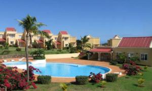 obrázek - Complexe Beau Soleil avec piscine, salle de jeux et sport et tennis
