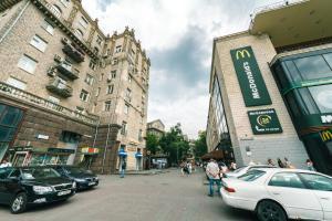 Апартаменты на Крещатике 17, Киев