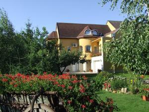 Abbázia Apartman - Apartment - Eger