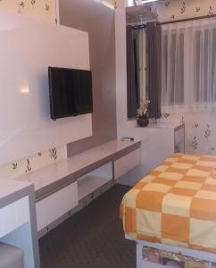 The Suites Metro by Arie, Apartmány  Bandung - big - 4