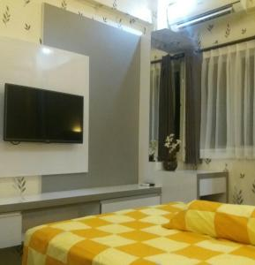 The Suites Metro by Arie, Apartmány  Bandung - big - 11