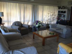 Malibongwe by the Sea, Holiday homes  Margate - big - 16