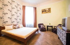 Apartment on Horodotska 45