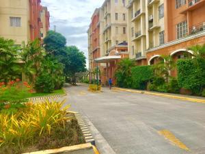 Chateau Elysee Ritz, Ferienwohnungen  Manila - big - 24