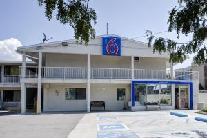 Motel 6 Salt Lake City Downtown