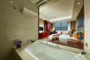 New Century Hotel Putuo Mountain, Hotel  Zhoushan - big - 7