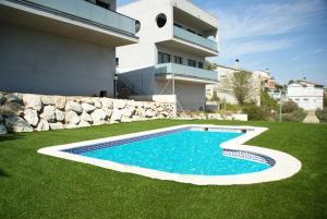 Holiday home Carrer del Puig de Bassegoda, Ferienhäuser  Calafell - big - 3