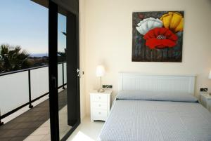 Holiday home Carrer del Puig de Bassegoda, Ferienhäuser  Calafell - big - 16