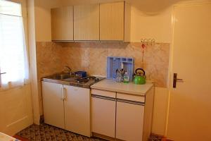 Apartment in Porec with 2, Apartmány  Poreč - big - 7